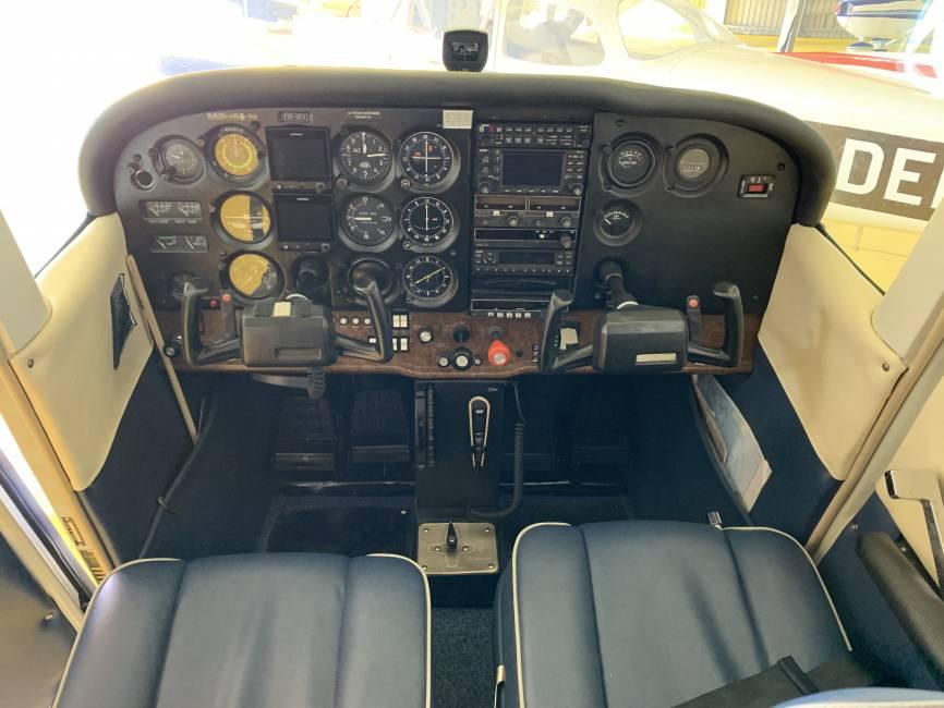 Cessna 172 Skyhawk P